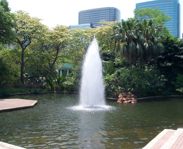 842 context of fountain in kowloon park: