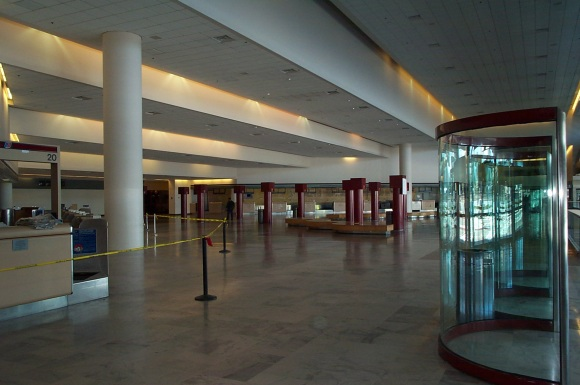 Is this what a recession looks like?: (Actually, it's the old SFO International Terminal, now deserted in favor of the new SFO International Terminal)